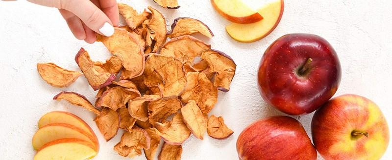 کار در منزل با تهیه و ساخت چیپس میوه