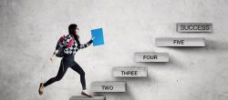 5 نشانه قرار گرفتن در مسیر موفقیت