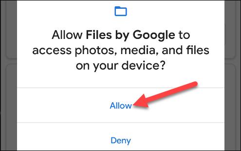 """برای دسترسی Google به پرونده هایتان ، روی """"مجاز"""" ضربه بزنید."""
