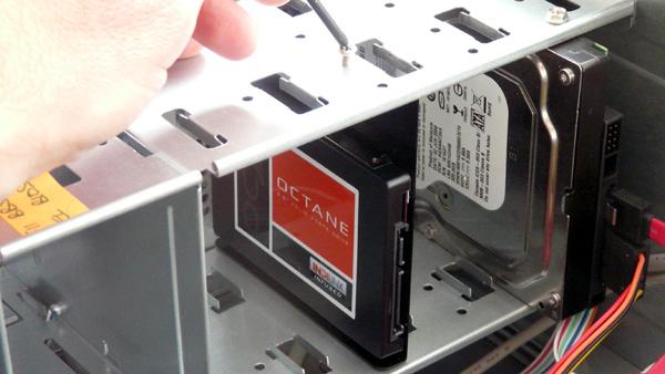 آموزش نصب هارد SSD در کامپیوتر شما
