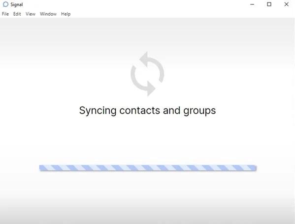صبر کنید تا برنامه دسک تاپ مخاطبین و گروه ها را همگام سازی کند
